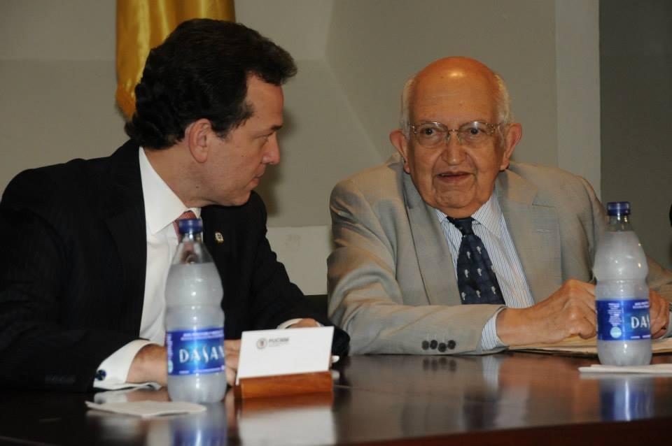 Conferencia: Auge y Caída de los Partidos en América Latina con Plinio Apuleyo Mendoza